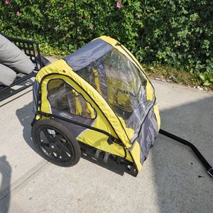 Instep bike trailer for Sale in Floral Park, NY