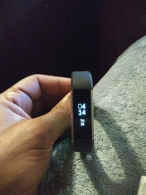 Fitbit alta hr 2 for Sale in Miami, FL