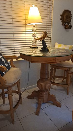 Beach solid wood kitchen table with stools for Sale in Oakland Park, FL