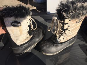 Girls snow boots for Sale in Tracy, CA