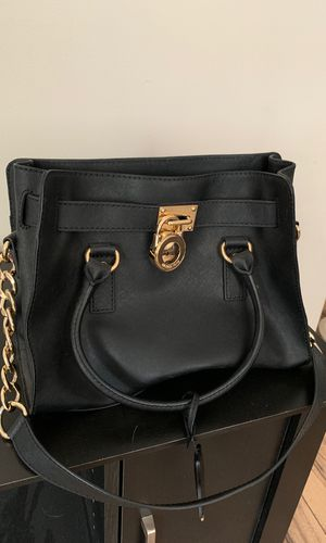 Micheal Kors Black Bag for Sale in Crestview, FL