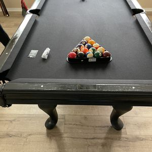 8ft Billiard Black Pool Table for Sale in Santa Ana, CA