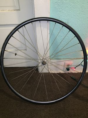 "Front road 700"" Rim Laced to shimano 600 hub for Sale in Los Angeles, CA"