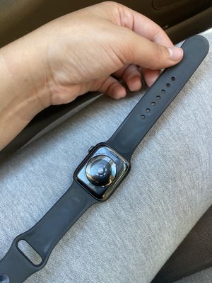 Apple Watch 5 series for Sale in Bloomfield, CT