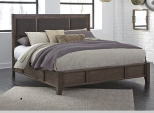King/Cal King platform bed real wood frame for Sale in Forest Heights, MD