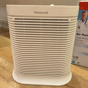 Honeywell Allergen Remover HPA204 Air Purifer for Sale in Irvine, CA