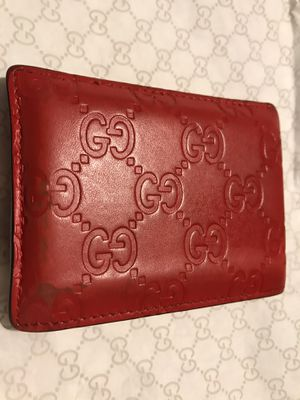 Gucci - (red men's wallet) for Sale in Queens, NY