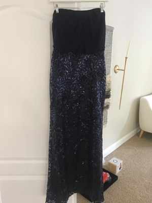 Vince Camuto Gown Size 2 for Sale in Ashburn, VA