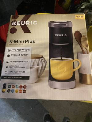 Keurig one cup for Sale in Central Falls, RI