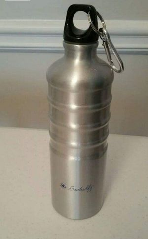 Brand New Sunbuddy 27oz Hiking Water bottle for Sale in Phoenix, AZ