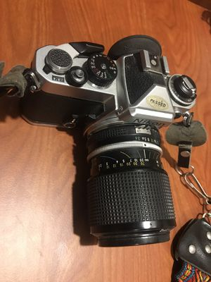 Nikon FE 35mm film SLR w/Nikkor 43~86mm 1:3.5 Lens for Sale in Bolingbrook, IL