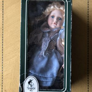 Geppedo glass doll , Collectibles , Toys for Sale in Edgewood, WA