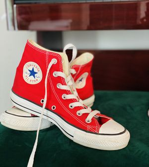 Converse MENS 6 WOMENS 8 for Sale in Denver, CO