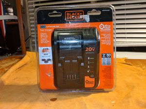 Black & Decker Fast charger for Sale in Puyallup, WA