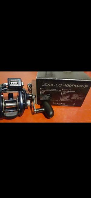Daiwa lexa lc 400 pwr handle reel fishing for Sale in Long Beach, CA