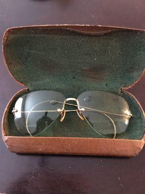 B&L Ray Ban Sunglasses 12k mint color for Sale in Salt Lake City, UT