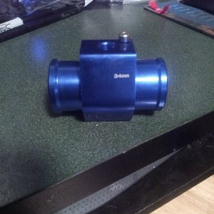 Radiator Adapter For Cooling Fan Or Aftermarket Water Temperature Gauge for Sale in Tacoma, WA