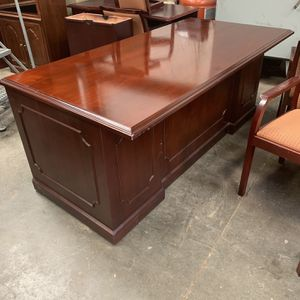 Beautiful Wood Desk for Sale in Raleigh, NC