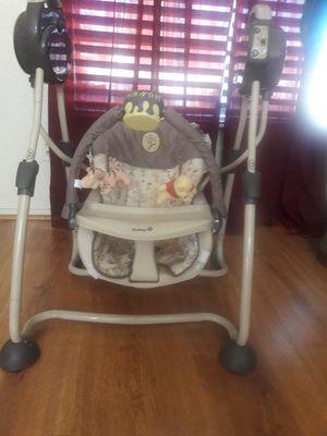 Graco baby swing chair for Sale in Las Vegas, NV