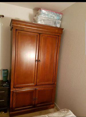 TV Console/Storage Closet for Sale in Orange Cove, CA