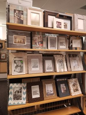 Photo Frame for Sale in City of Industry, CA