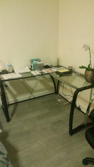 Glass top desk for Sale in Miami, FL