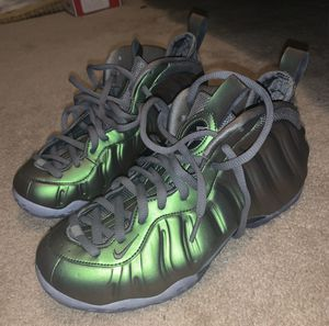 NIKE AIR FOAMPOSITE ONE AA3963-001 ATHLETIC SHOES WOMEN'S SIZE 9 for Sale in Richmond, VA