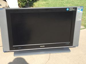 Philips 37Inch LCD TV. Condition is Used. Tv' work great, come with remote control for Sale in Fresno, CA