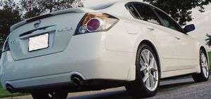 DELUXE 2007 Nissan Altima FULLY SANITIZED - ONE OWNER! for Sale in Grand Rapids, MI