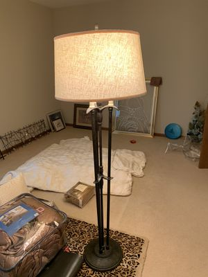 Floor lamp for Sale in Willowbrook, IL