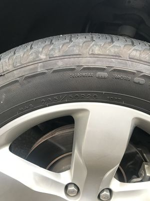 Jeep Cherokee 2012 Wheels and Tires 265/50R 20 for Sale in Kirkland, WA