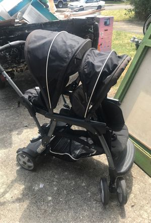 Gracias double stroller for Sale in Keizer, OR