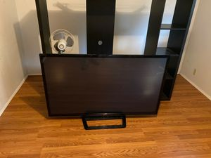 60 inch LG TV for Sale in SeaTac, WA