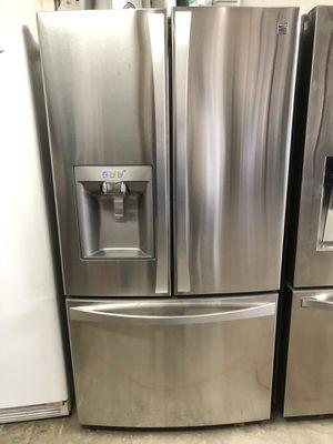 Kenmore refrigerator for Sale in Hesperia, CA