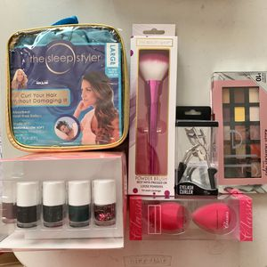 Makeup Palette Brush Nail Polish Set for Sale in Fresno, CA