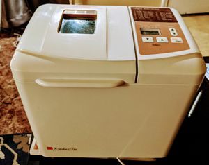 REGAL kitchen Pro Collections bread maker for Sale in Klamath Falls, OR