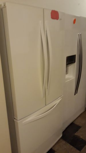 "Whirlpool French doors excellent condition 4months warranty 30"" for Sale in Halethorpe, MD"