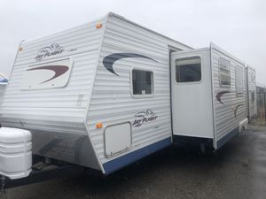 2005 Jayco Jay Flight 31 Ft. Travel Trailer Bunk Beds W/ 2 Slides for Sale in Rancho Cucamonga, CA