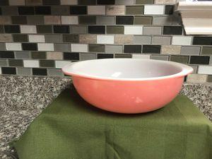 Pyrex Pink Flamingo 2 Qt Casserole Dish for Sale in San Antonio, TX