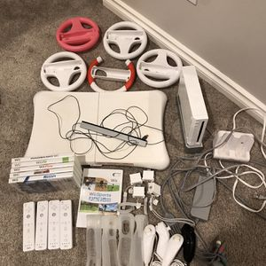 Nintendo Wii Bundle for Sale in Snohomish, WA