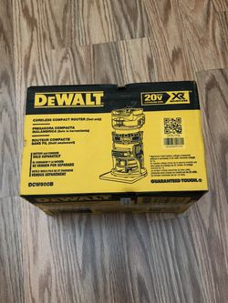 DeWalt 20-Volt MAX XR Cordless Brushless Compact Router (Tool-Only) for Sale in Portland,  OR