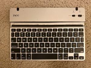 ZAGG IPad bluetooth keyboard for Sale in Alexandria, VA