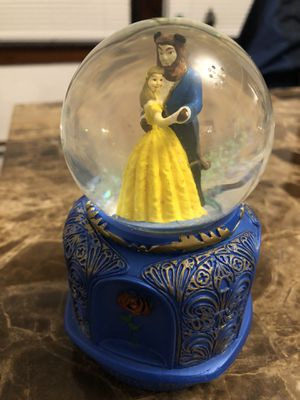 Disney beauty and the beast snow globe for Sale in Providence, RI