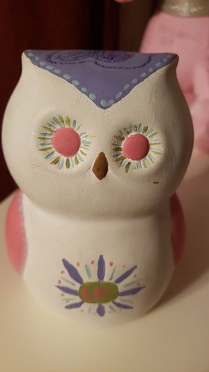 Cute owl that you can repaint!! Arts and craft for Sale in Lynwood, CA
