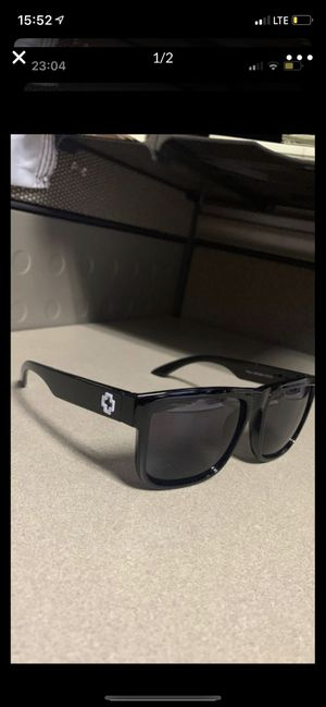 Spy sunglasses for Sale in Banning, CA
