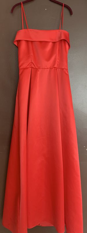 Band new red prom dress for Sale in Dearborn, MI