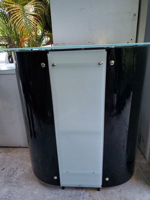 Portable bar for Sale in Miramar, FL