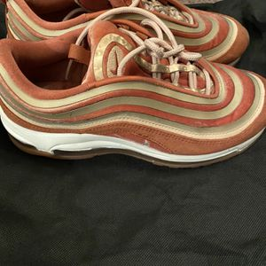 Nike Air Max Size 7 for Sale in Gaston, SC