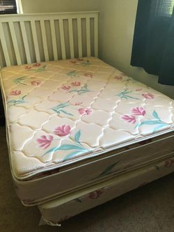 Double sided pillow top bed for Sale in Moline,  IL