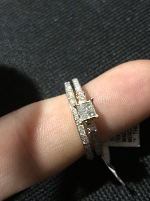 10 k yellow gold wedding bands with 1/2 cttw cert diamond for Sale in Buna, TX